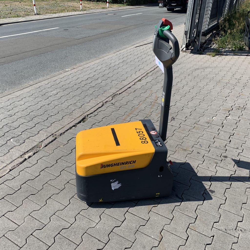 Jungheinrich EZS 010 Baujahr 2015 Betriebsstunden 128 Schlepper www.gst-logistic.com