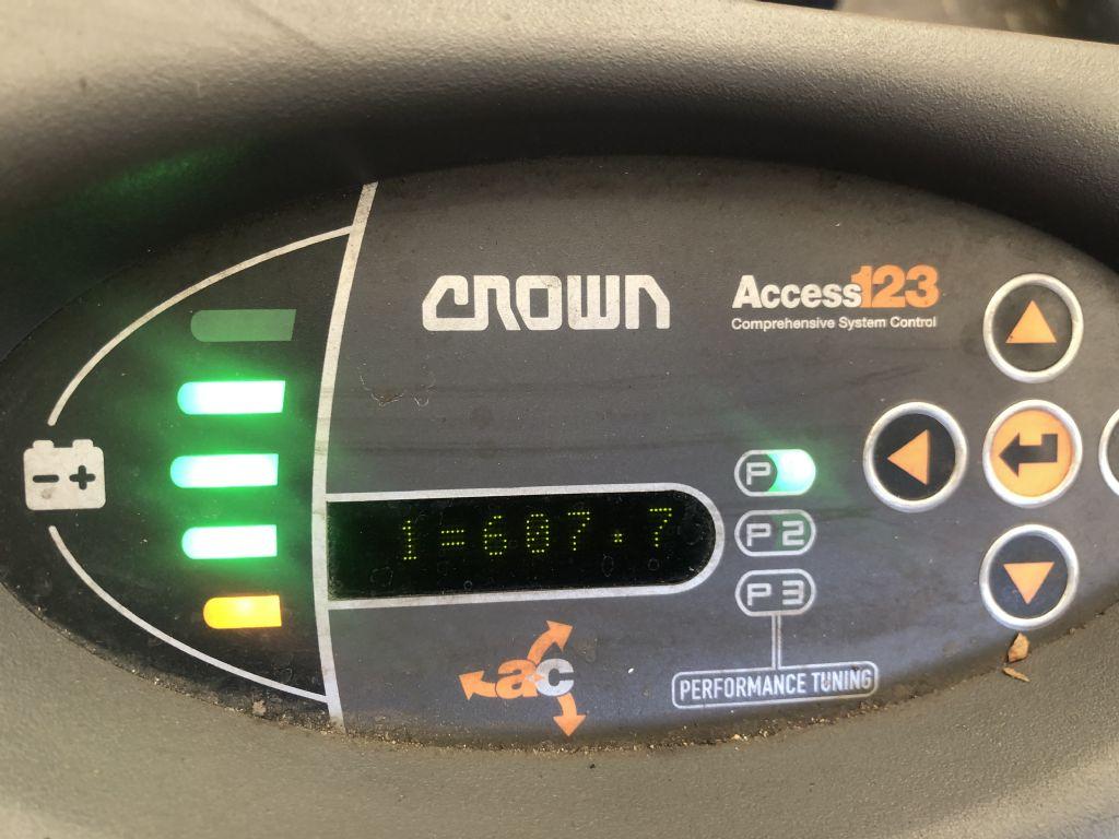 Crown SCT 60-40-1.6 Baujahr 2016/ STUNDEN 607 / NEUWERTIG Elektro 3 Rad-Stapler www.gst-logistic.com