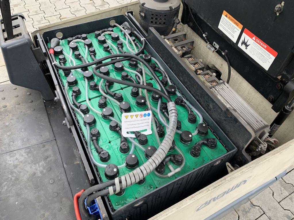 Crown SC 3013 Baujahr 1997  HH 3100  Batterie 2013 Elektro 3 Rad-Stapler www.gst-logistic.com