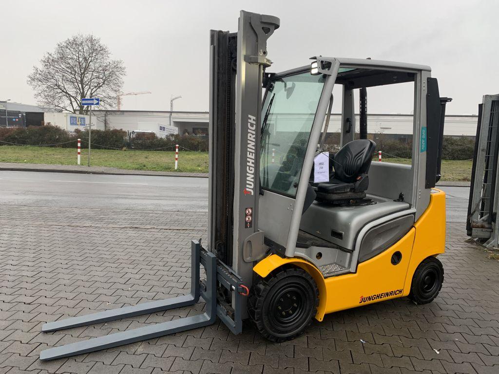 Jungheinrich DFG 320s Baujahr 2016 Betriebsstd. 7992 HH 3700 Dieselstapler www.gst-logistic.com