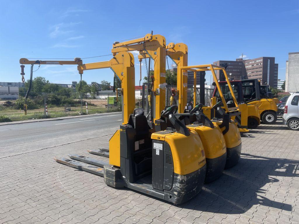 Jungheinrich ECE 225 Baujahr 2014 3 x Vorhanden  Niederhubkommissionierer www.gst-logistic.com