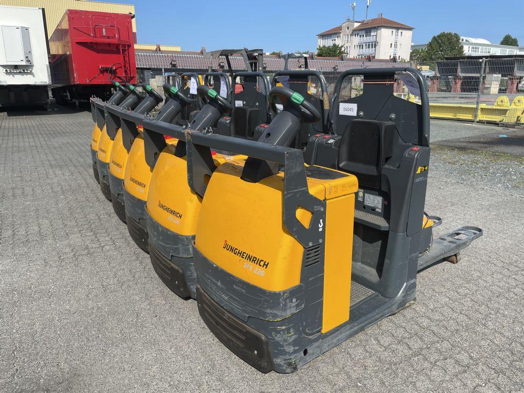Jungheinrich ECE 220 Baujahr 2014 6x Vorhanden Niederhubkommissionierer www.gst-logistic.com
