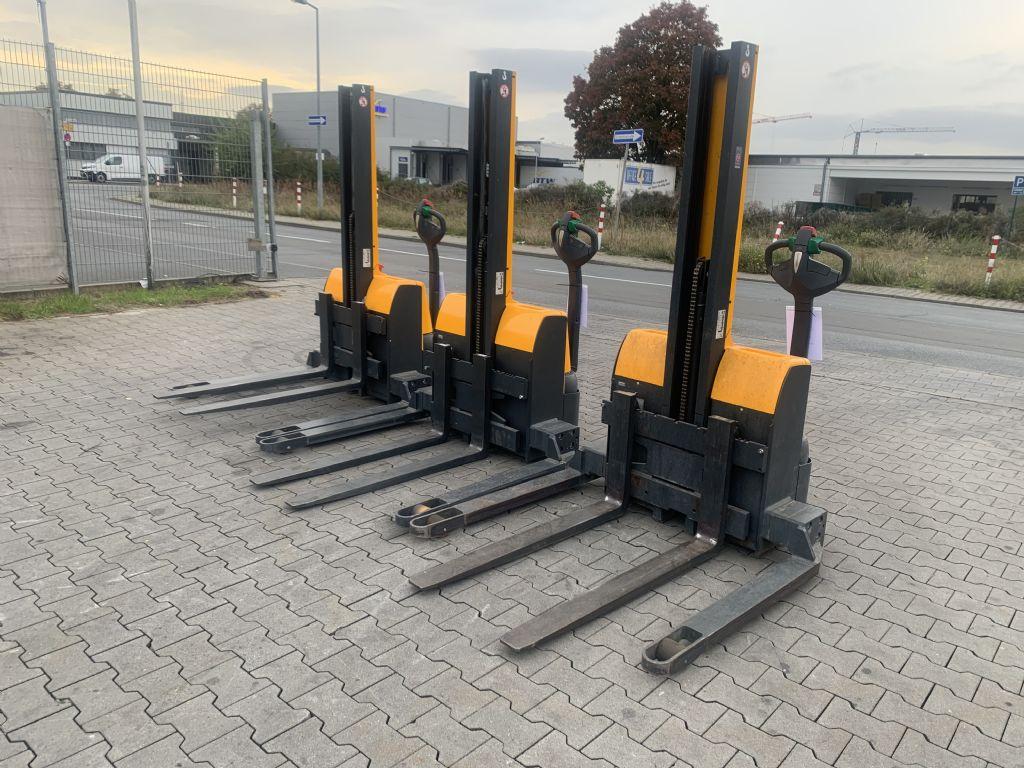 Jungheinrich EMC B 10 Baujahr 2015 3x Vorhanden Hochhubwagen www.gst-logistic.com