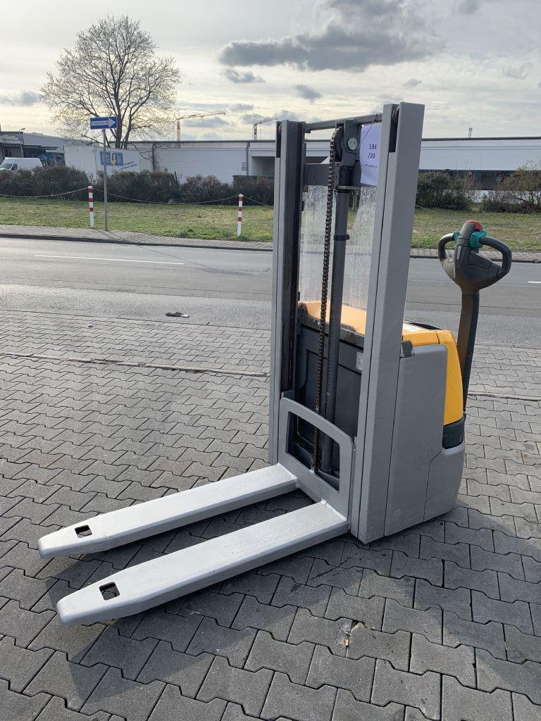 Jungheinrich EJC 110 Baujahr 2017/ STUNDEN 1078/ HH2500 Hochhubwagen www.gst-logistic.com