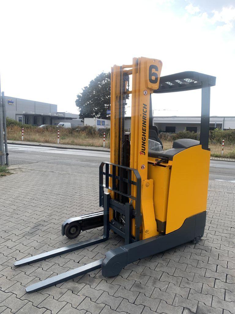 Jungheinrich ETV 112 Baujahr 2015 / Stunden 4376  HH 5300 Schubmaststapler www.gst-logistic.com