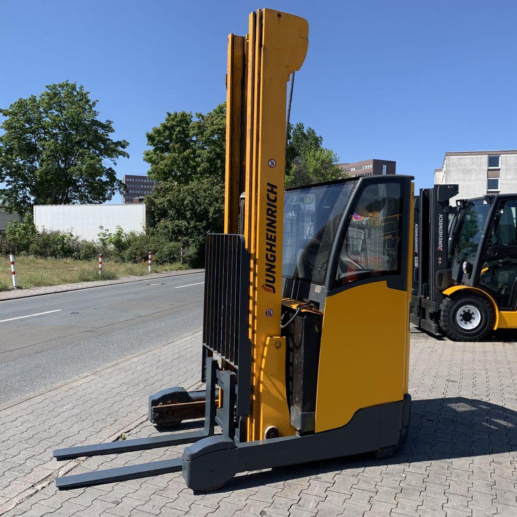 Jungheinrich ETV 214 Baujahr 2014 HH 8000 Vollkabine Schubmaststapler www.gst-logistic.com