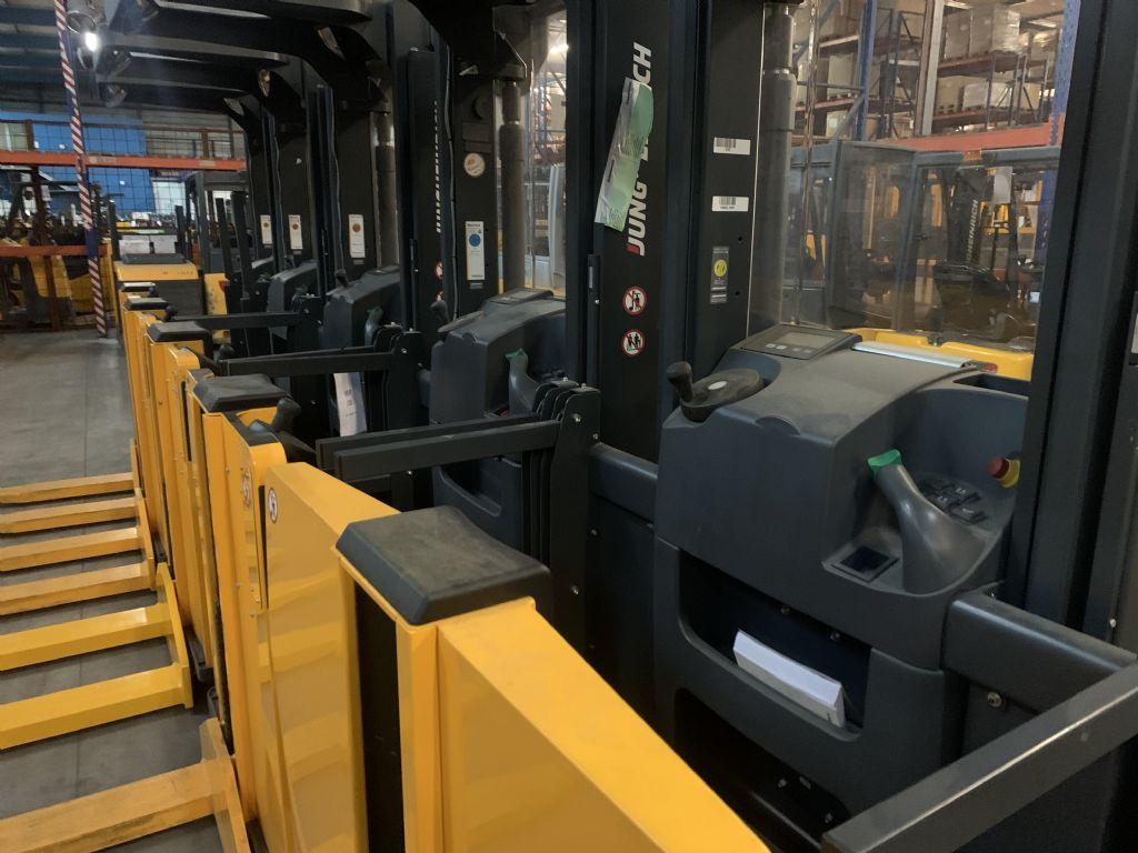Jungheinrich EKS 110 Baujahr 2014  4x Vorhanden Mittelhubkommissionierer www.gst-logistic.com