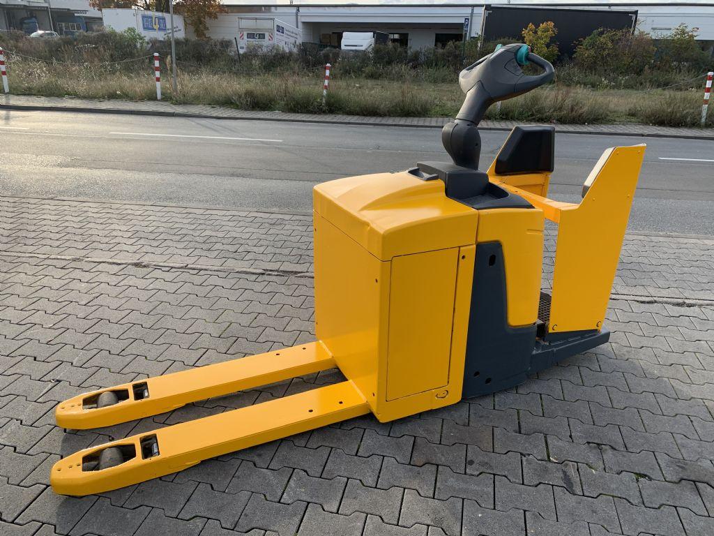 Jungheinrich ERE 120 Baujahr 2015 Stunden 9987 Gabel 1,15M Niederhubkommissionierer www.gst-logistic.com