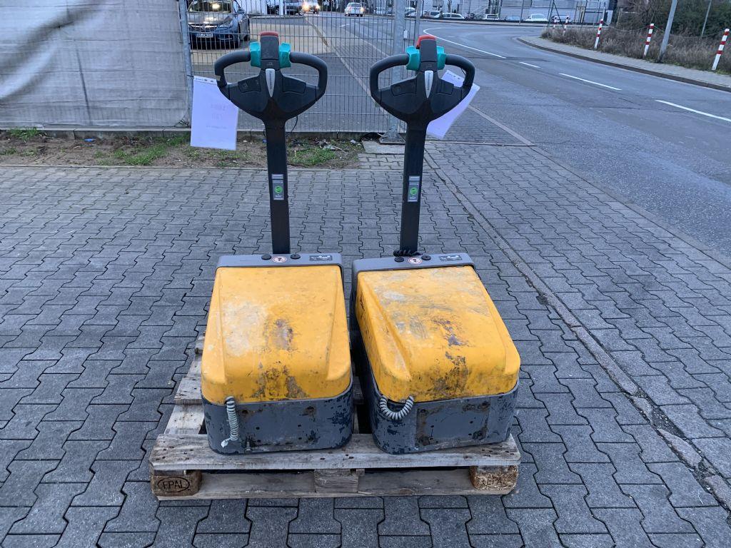 Jungheinrich EZS 010 Baujahr 2015 4 x Vorhanden Schlepper Schlepper www.gst-logistic.com