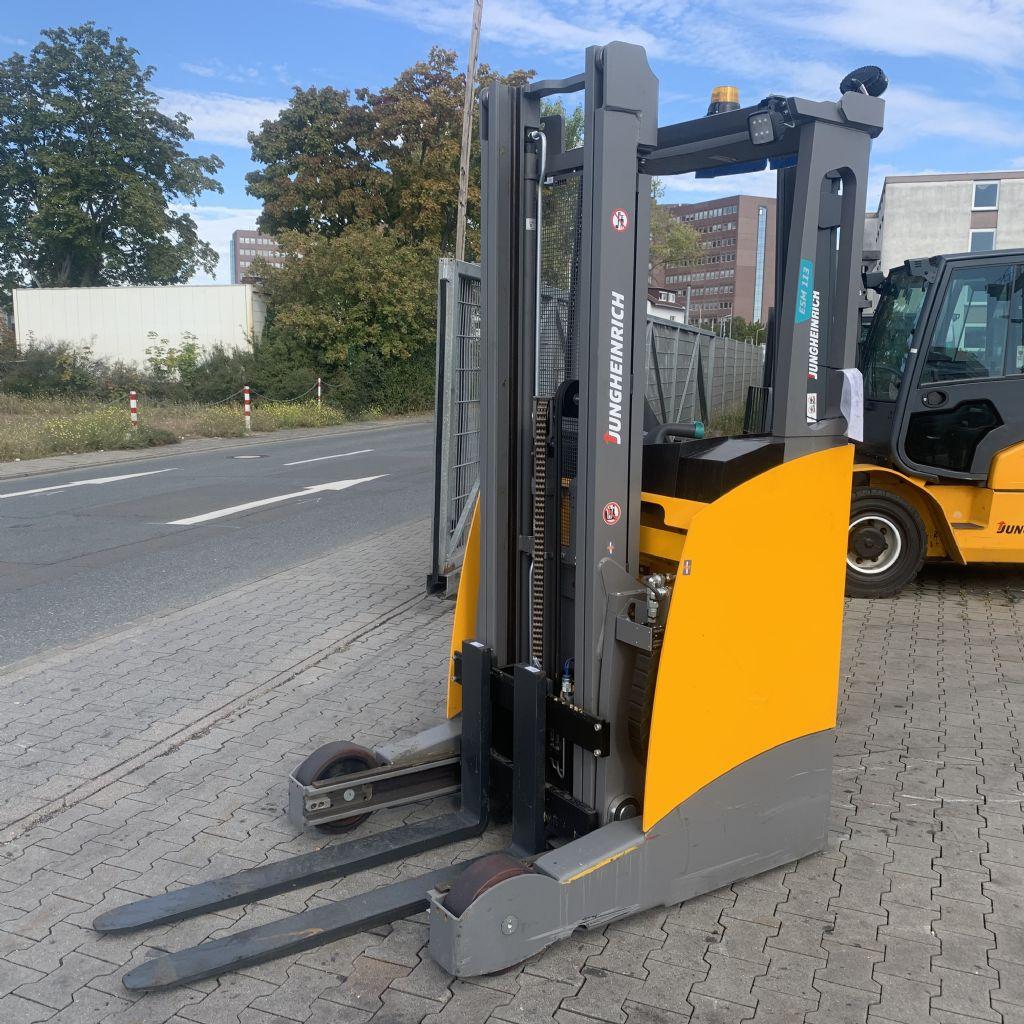 Jungheinrich ESM 113  Baujahr 2019 HH 3800 Defekt ! Schubmaststapler www.gst-logistic.com