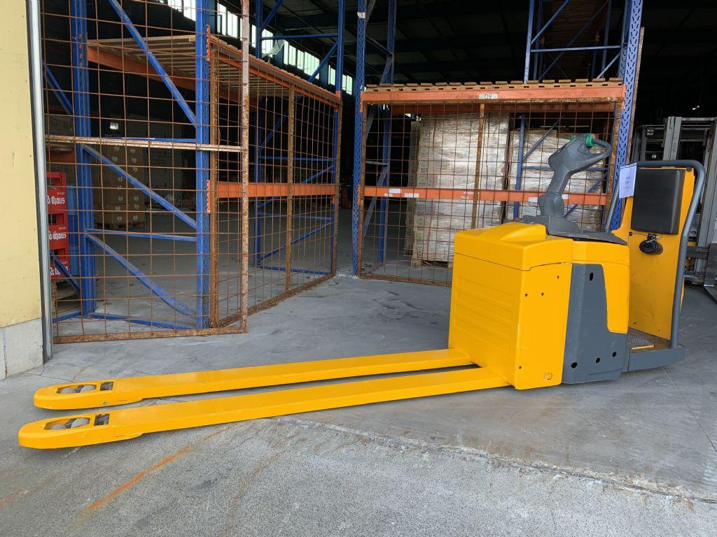 Jungheinrich ERE 225 Baujahr 2012 Batterie Baujahr 2012 Niederhubkommissionierer www.gst-logistic.com