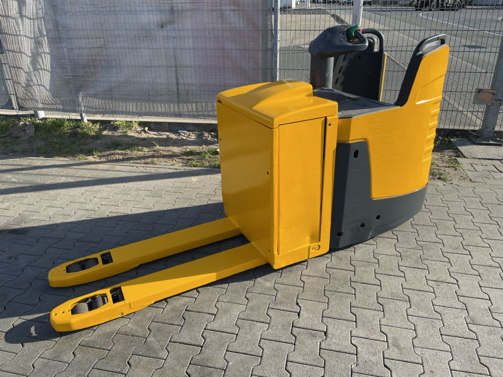 Jungheinrich ERE 225 Baujahr 2012 Stunden 12691 GL 1,15M Niederhubkommissionierer www.gst-logistic.com