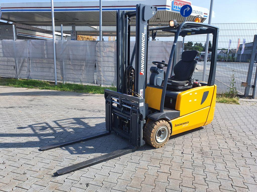 Jungheinrich EFG 220 Baujahr 2008 HH3300 Stunden 176 !!! Elektro 3 Rad-Stapler www.gst-logistic.com