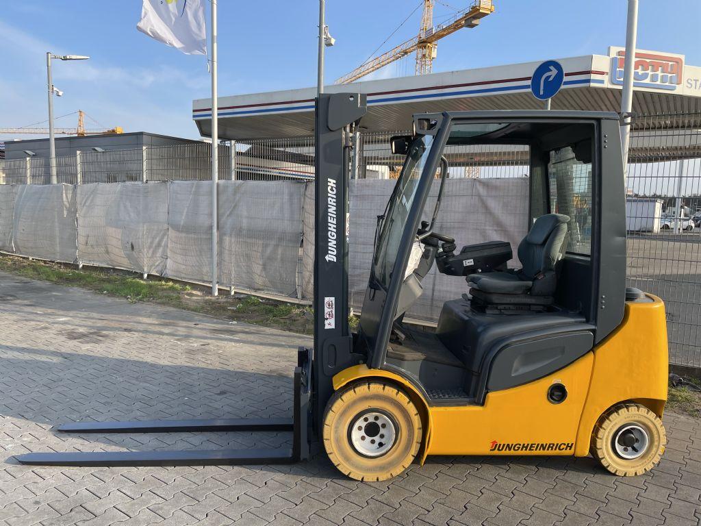 Jungheinrich DFG 320s Baujahr 2012 HH 4500 Betriebsstd. 6949 Dieselstapler www.gst-logistic.com