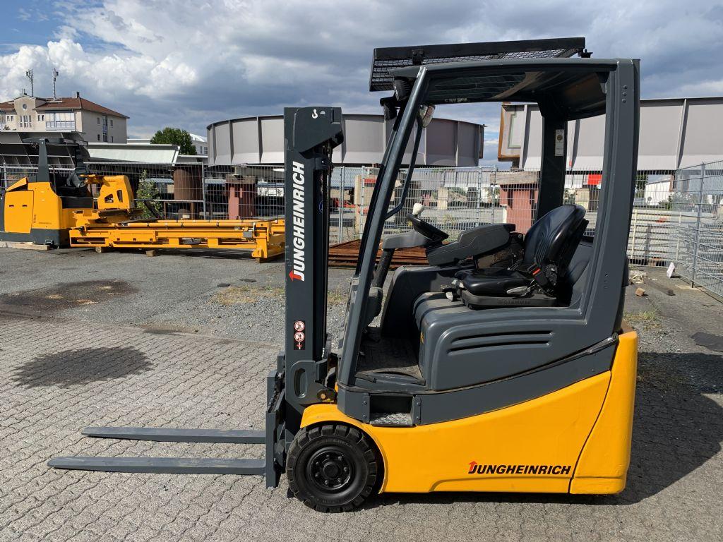 Jungheinrich EFG 216k Baujahr 2014 HH 3000 Stunden 11102 Elektro 3 Rad-Stapler www.gst-logistic.com