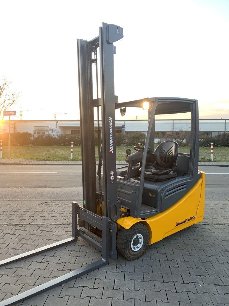 Jungheinrich EFG 216 Baujahr 2014 /HH4500 /STUNDEN 9244 Elektro 3 Rad-Stapler www.gst-logistic.com