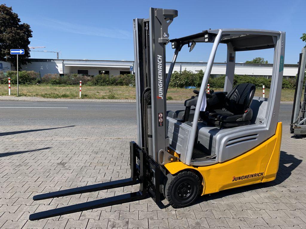 Jungheinrich EFG 216k Baujahr 2016 HH3300 /Stunden 10376 Elektro 3 Rad-Stapler www.gst-logistic.com