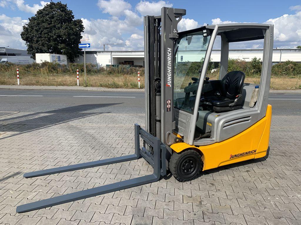 Jungheinrich EFG 216k Baujahr 2016 HH3300 /Stunden 10495 Elektro 3 Rad-Stapler www.gst-logistic.com