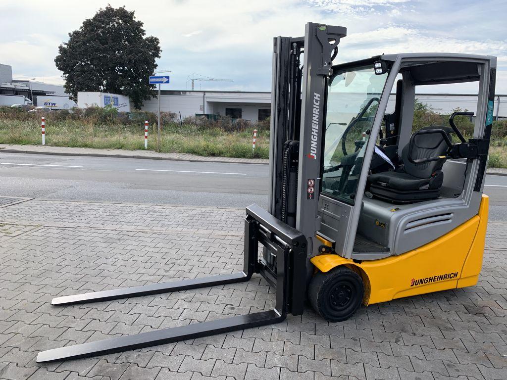Jungheinrich EFG 216k Baujahr 2016 HH 3300 /Zinkenversteller Elektro 3 Rad-Stapler www.gst-logistic.com