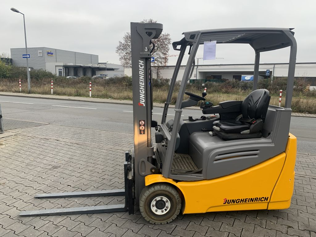 Jungheinrich EFG 216k Baujahr 2016 HH 3100 / Stunden 13370 Elektro 3 Rad-Stapler www.gst-logistic.com