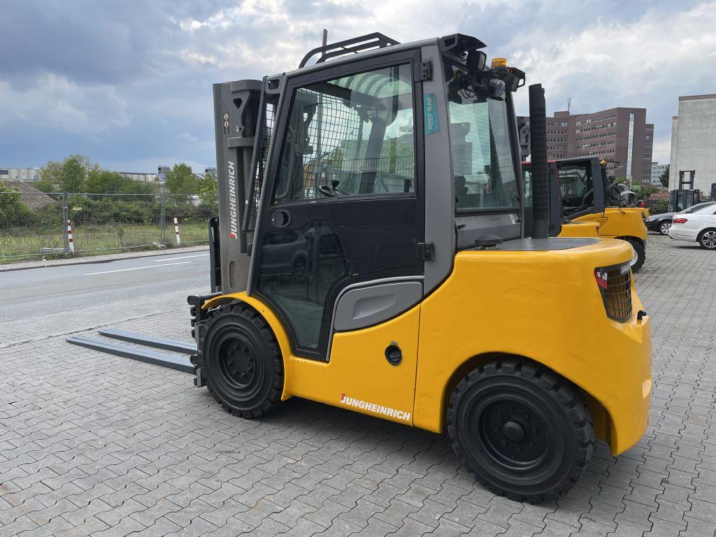 Jungheinrich DFG 550s Baujahr 2018 Stunden 9300 Duplex 3,3M Dieselstapler www.gst-logistic.com