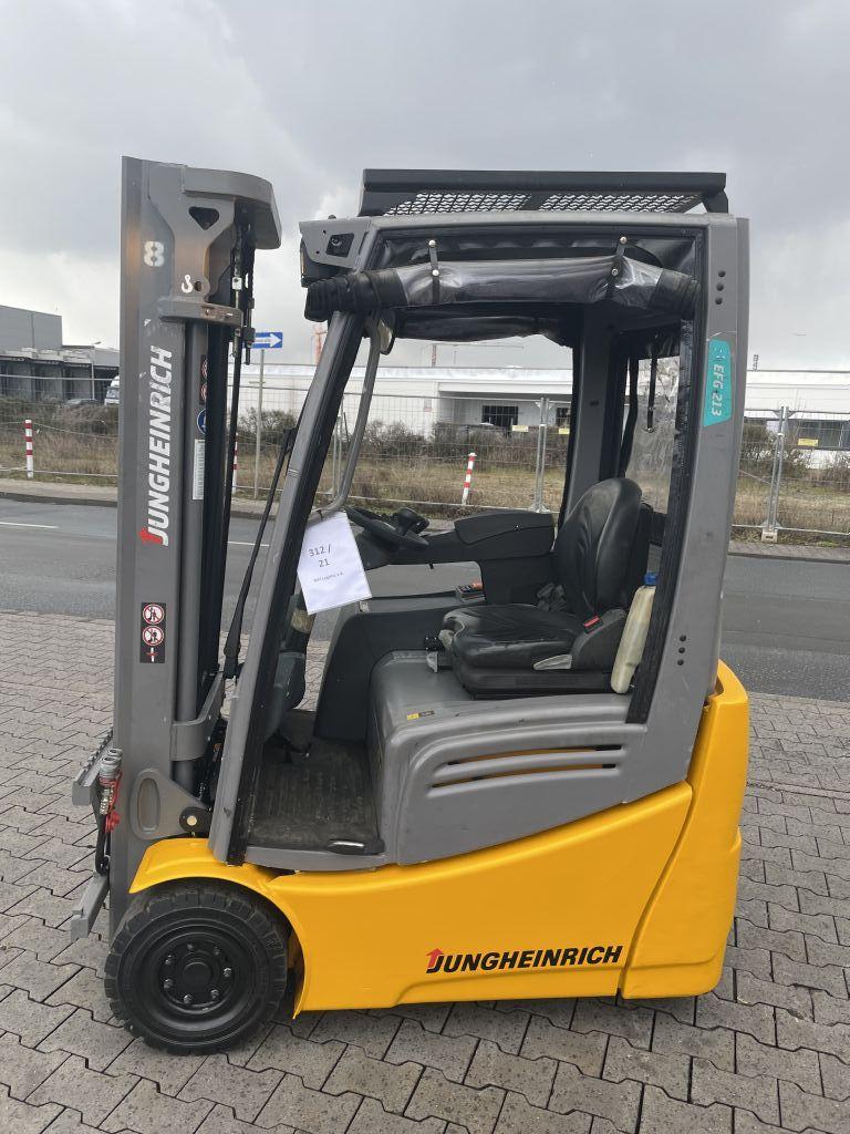 Jungheinrich EFG 213 Baujahr 2018 Hours 1610 NEUWERTIG Elektro 3 Rad-Stapler www.gst-logistic.com