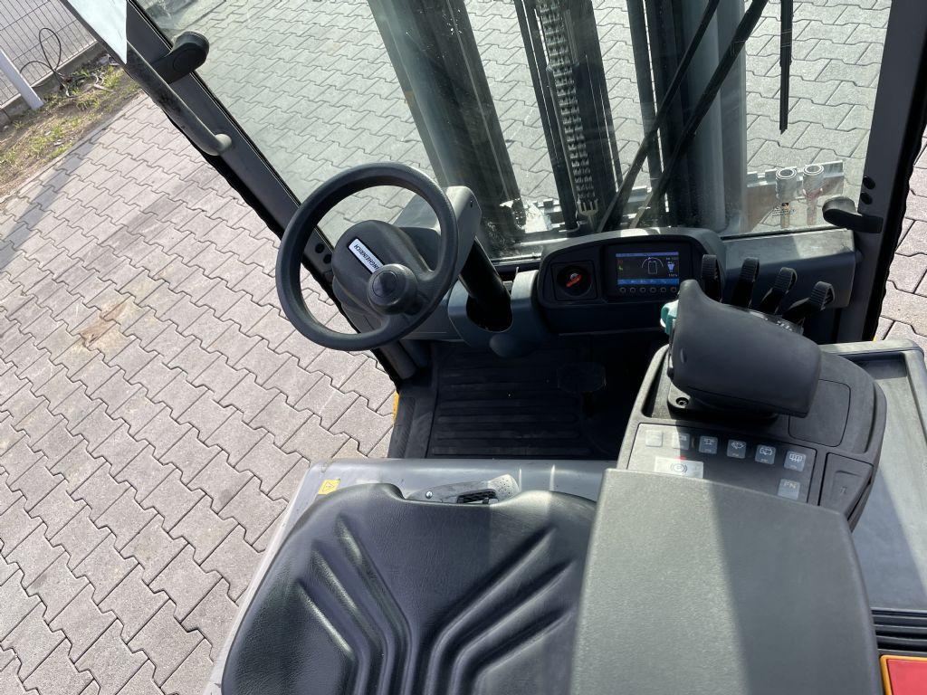 Jungheinrich EFG 213 Baujahr 2018 Hours 1327 NEUWERTIG Elektro 3 Rad-Stapler www.gst-logistic.com