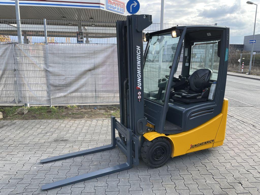 Jungheinrich EFG 215 Baujahr 2012 / Stunden 3024 / HH 4800 Elektro 3 Rad-Stapler www.gst-logistic.com