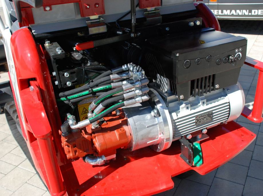 Takeuchi TB 216SH Minibagger www.hanselmann.de