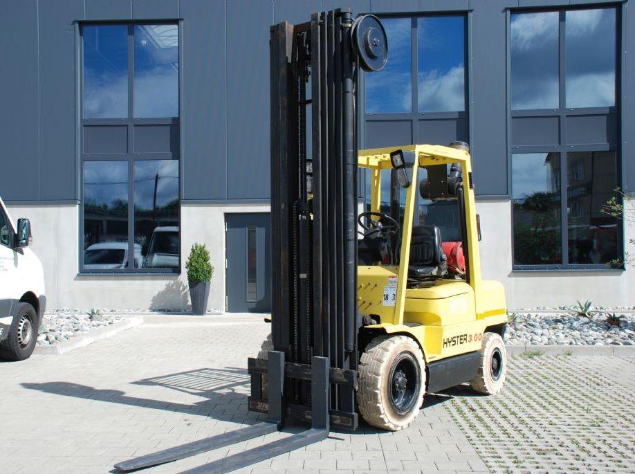 Hyster H3.00 XM Treibgasstapler www.hanselmann.de