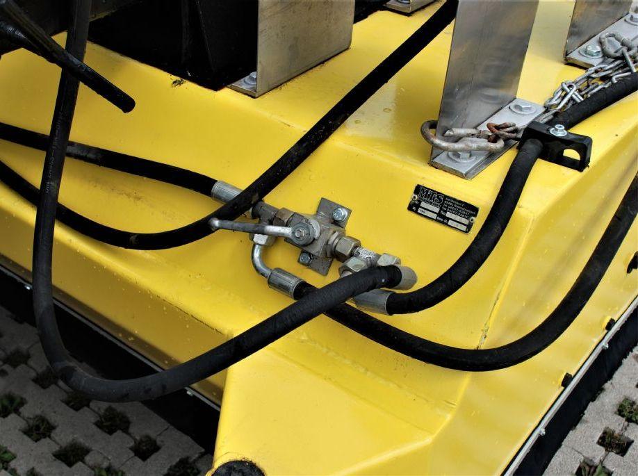 MTS 2001 Kehrmaschine www.hanselmann.de