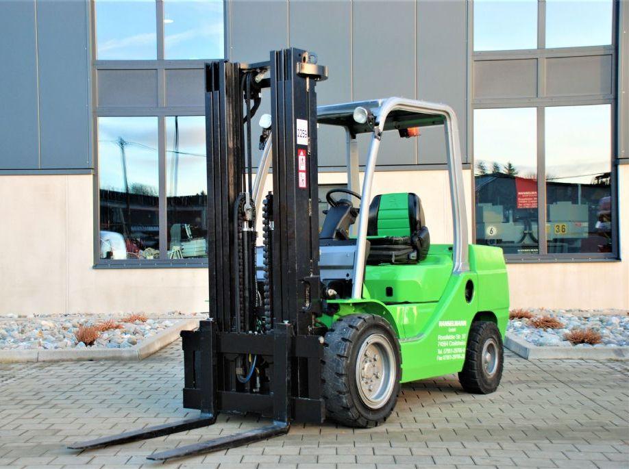Cesab M335D Dieselstapler www.hanselmann.de