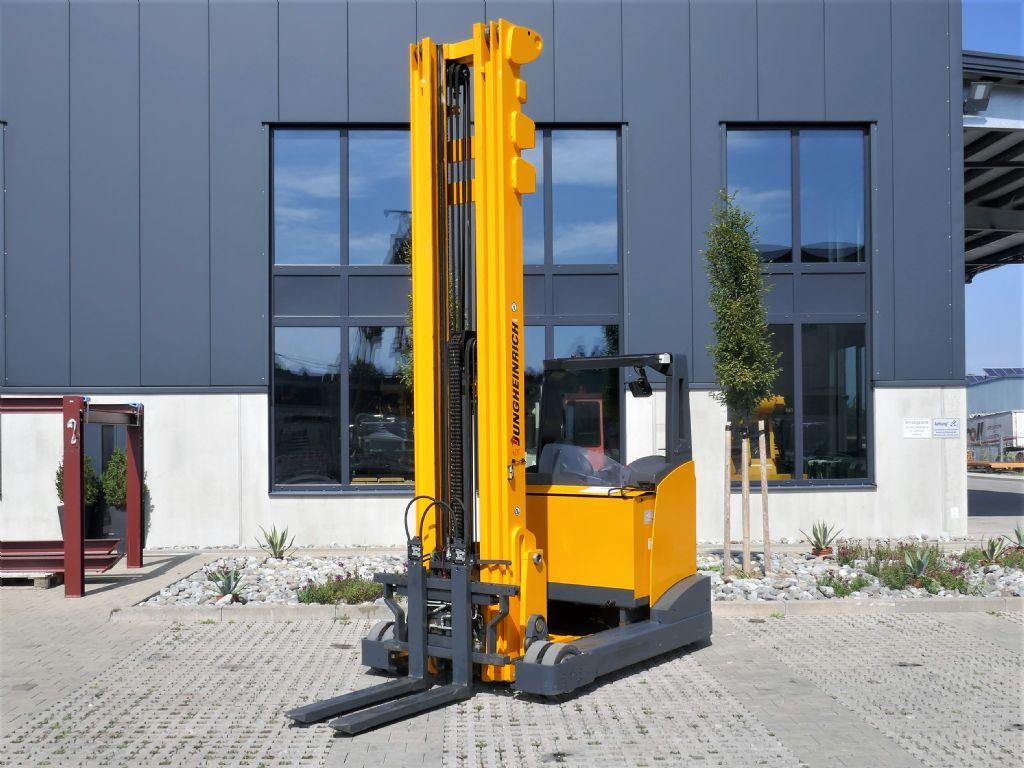 Jungheinrich ETV435 Schubmaststapler www.hanselmann.de
