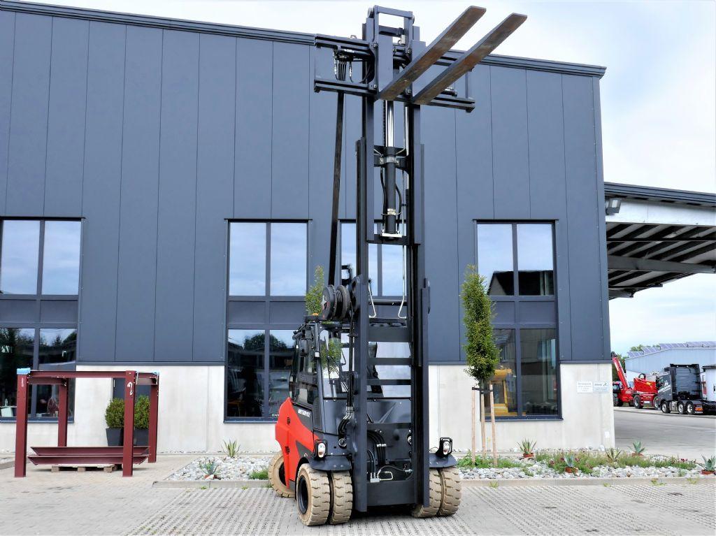 Linde E80-01/900 Elektro 4 Rad-Stapler www.hanselmann.de