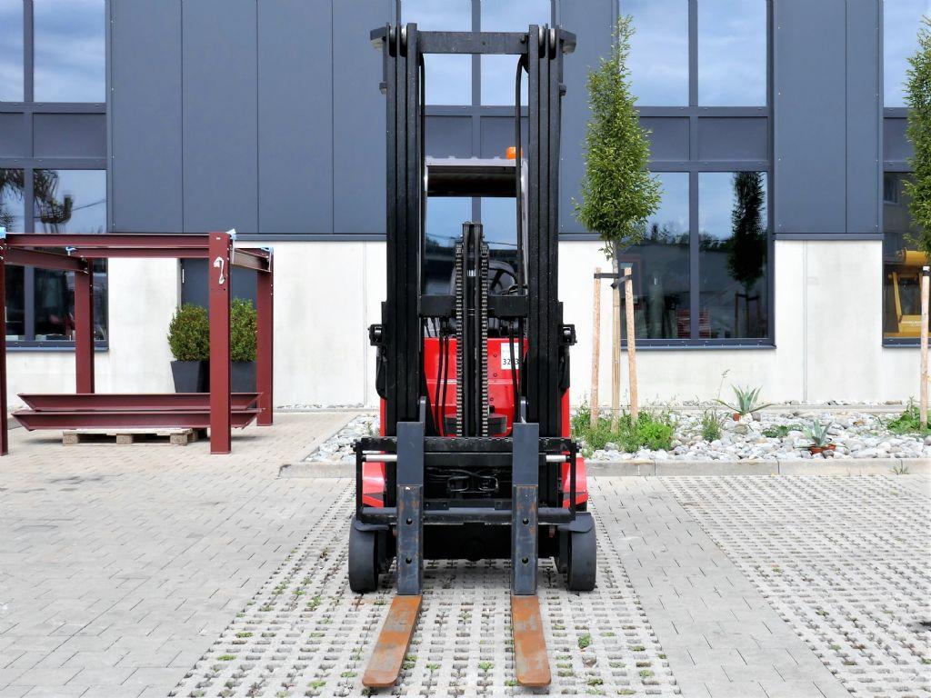 Manitou EMA 18S G285 Schmalgangstapler www.hanselmann.de