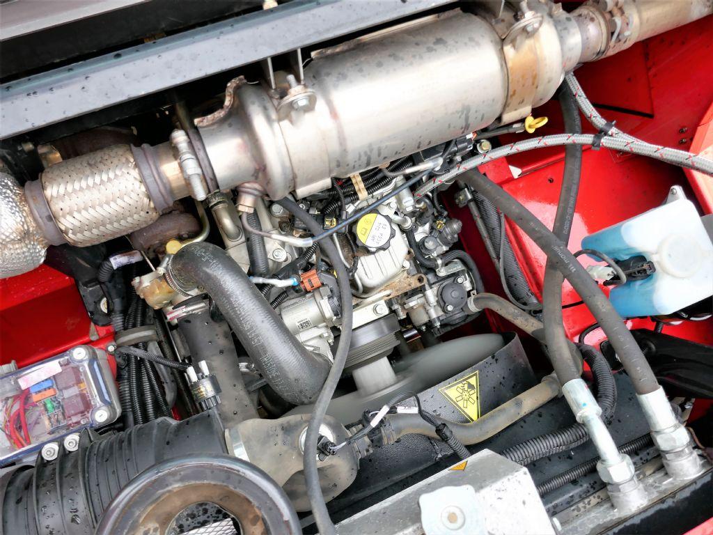 Manitou M30-4P 4ST3B S4 EU Geländestapler www.hanselmann.de
