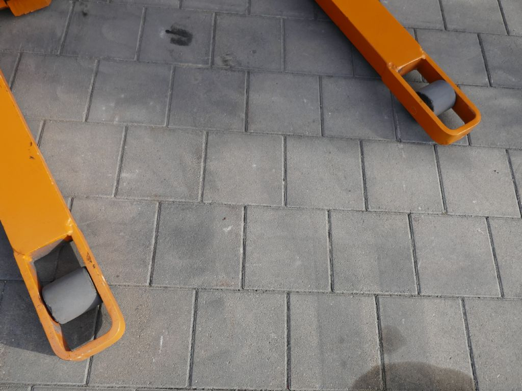 Still EGP14 Hochhubwagen www.hanselmann.de