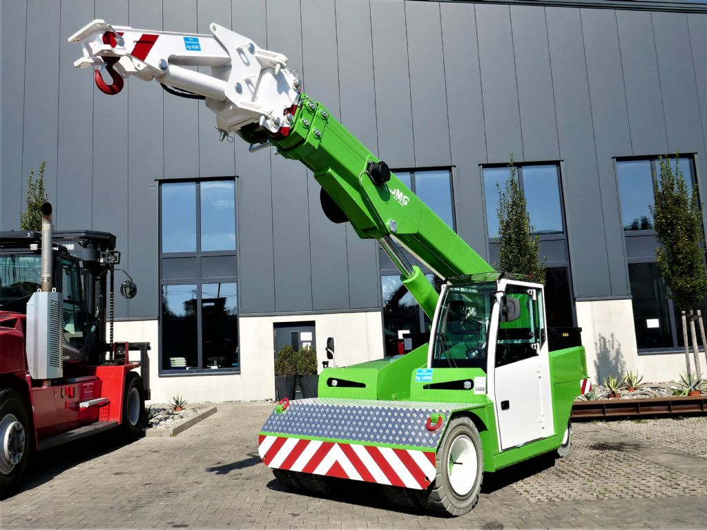 JMG MC 110 Pick & Carry Crane www.hanselmann.de