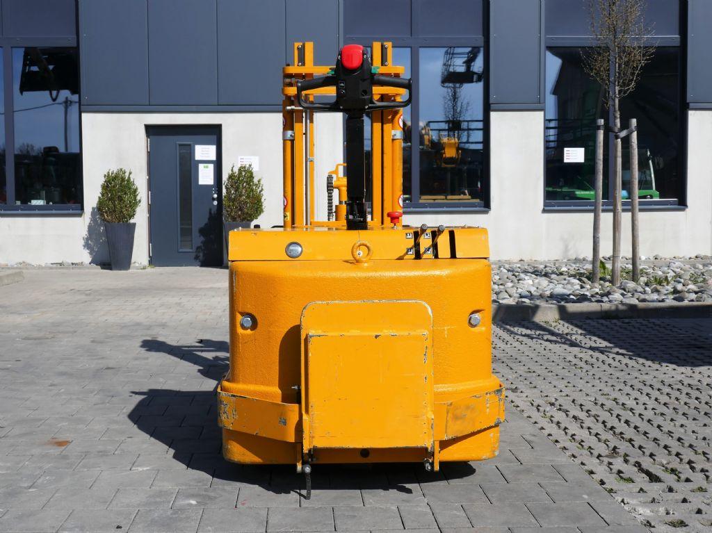 ICEM CTS 15/236F Hochhubwagen www.hanselmann.de