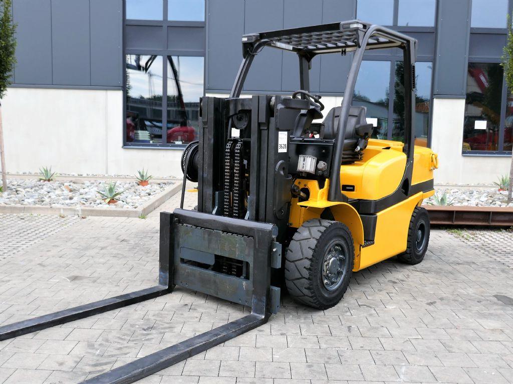 Yale GDP 40VX6 V2471 Dieselstapler www.hanselmann.de