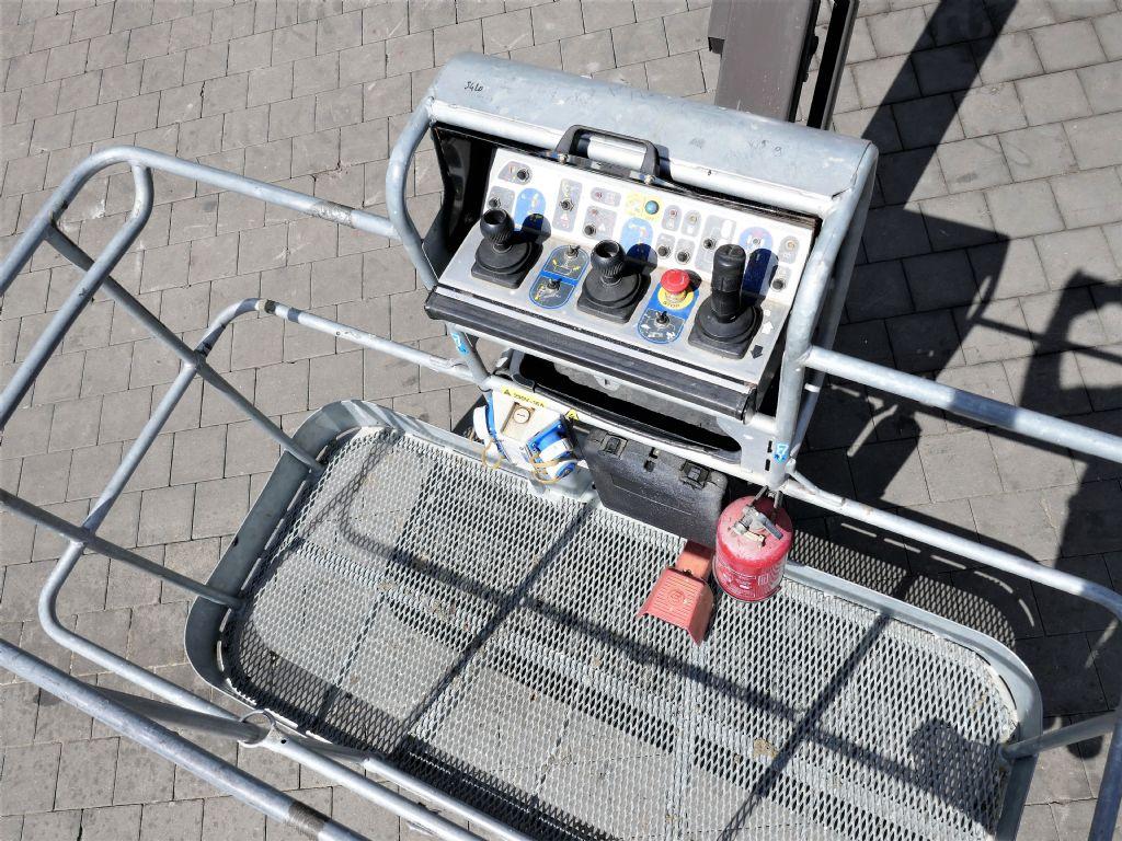Manitou 180ATJ2 E3 Gelenkteleskopbühne www.hanselmann.de