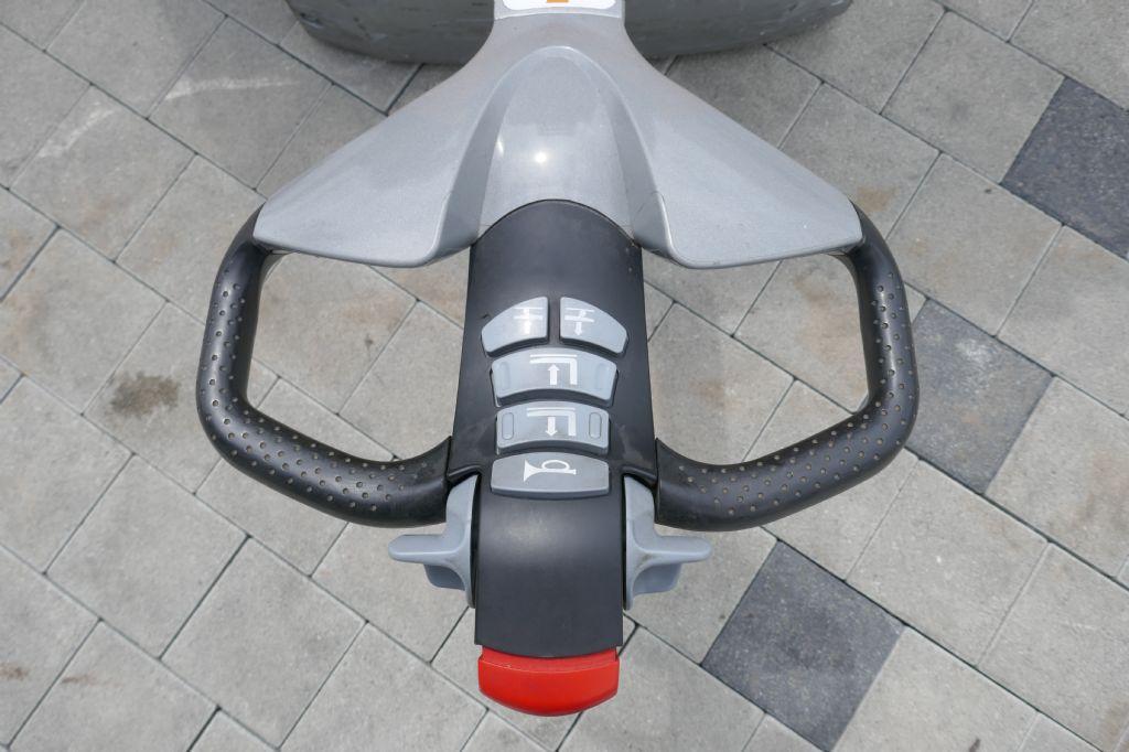 Still EXV20I Hochhubwagen www.hanselmann.de