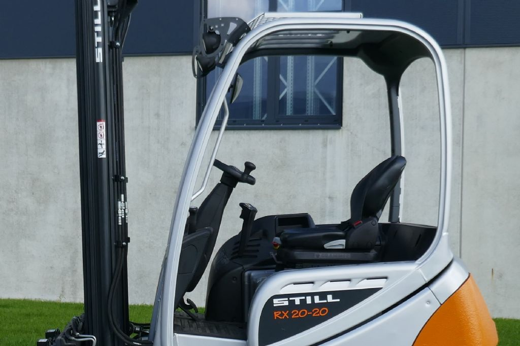Still RX20-20 Elektro 3 Rad-Stapler www.hanselmann.de