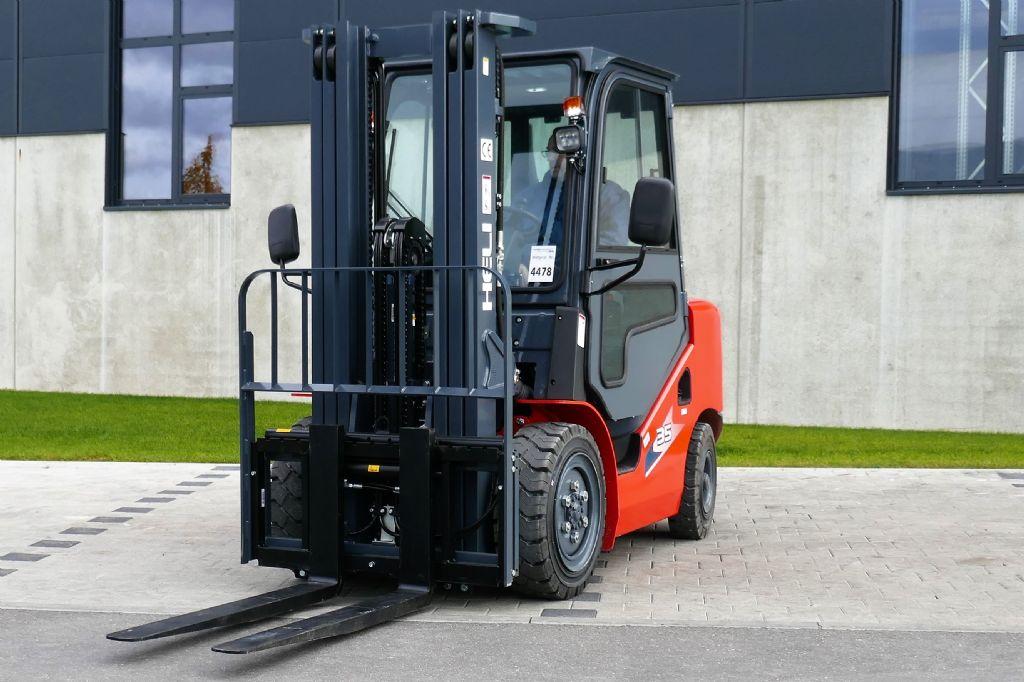 Heli CPCD35 Dieselstapler www.schumacher-gabelstapler.de