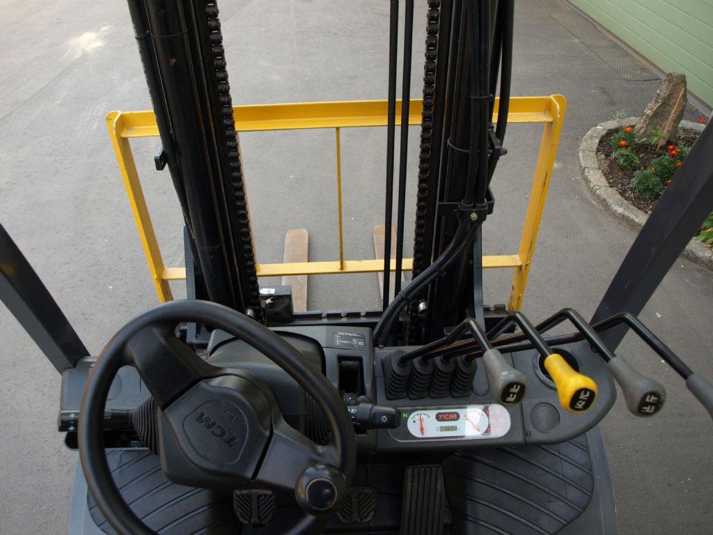 TCM FHD30 T3 Dieselstapler www.gabelstaplerservice.at