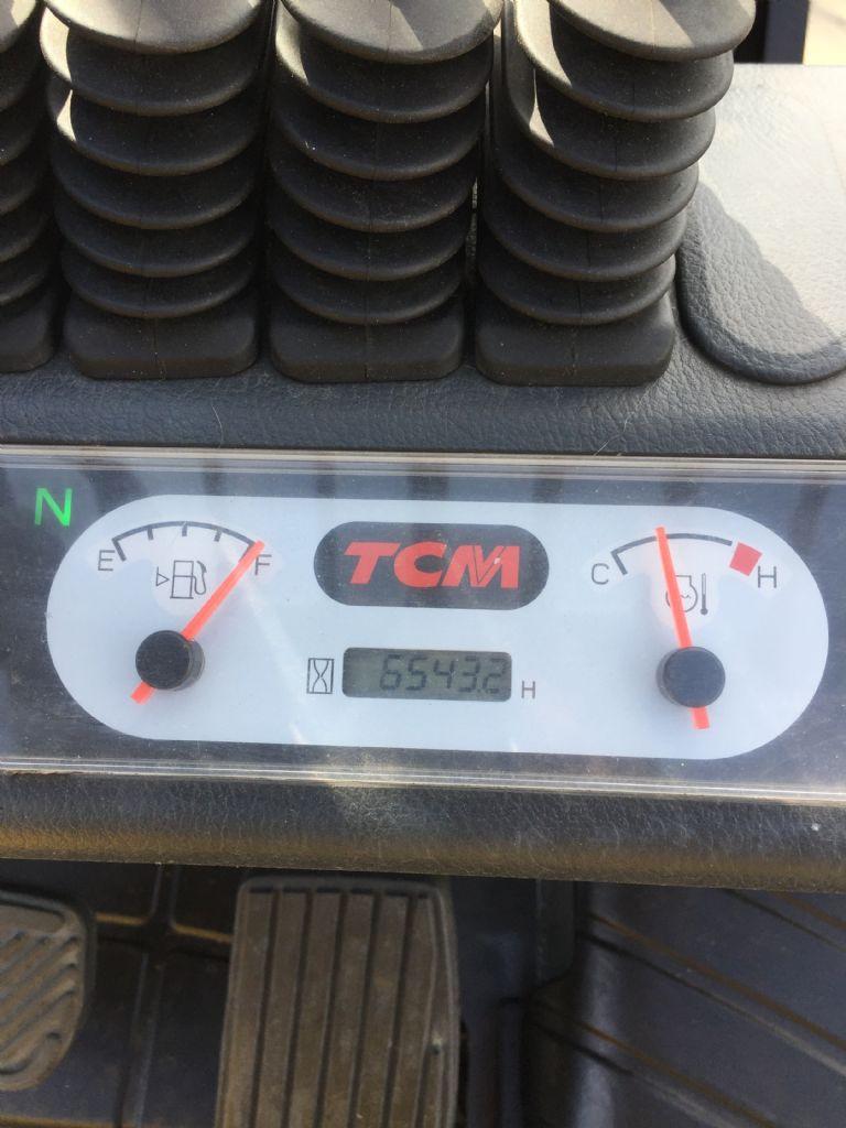 TCM FHG25T3 Treibgasstapler www.gabelstapler-heckert.de