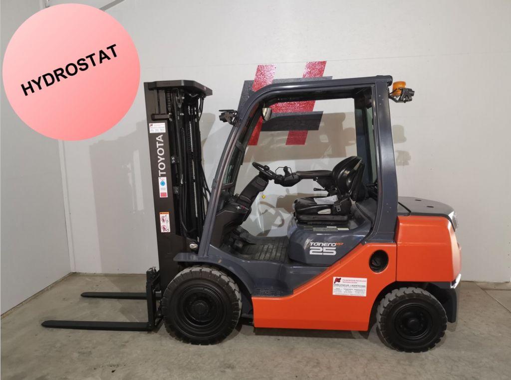 Toyota 06-8FD25F Dieselstapler www.heinbockel-gabelstapler.de