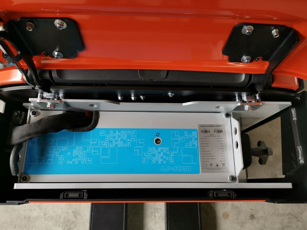 BT LPE200 Niederhubwagen www.heinbockel-gabelstapler.de
