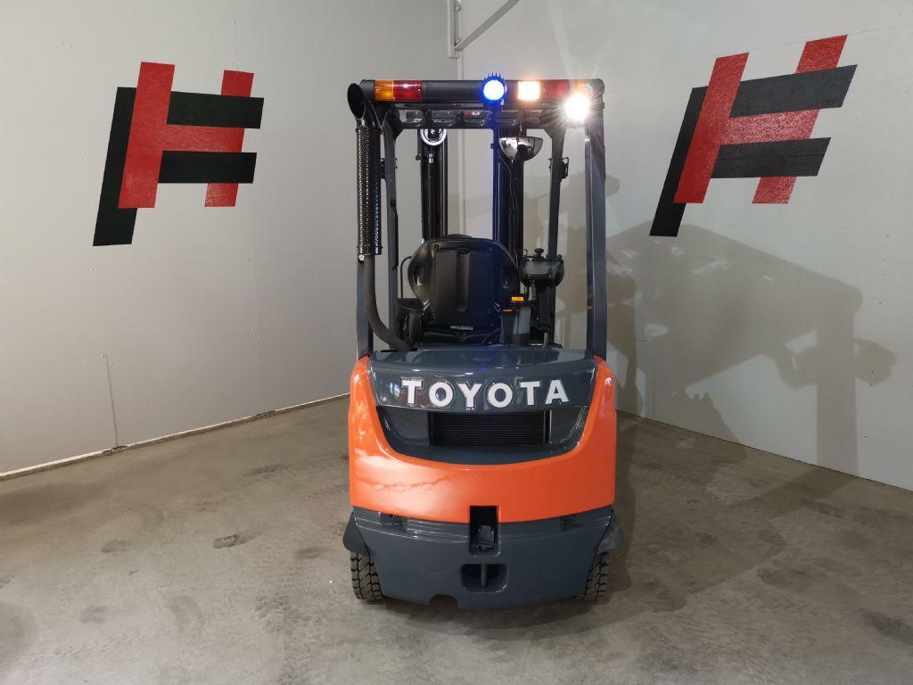 Toyota 02-8FDF18 Dieselstapler www.heinbockel-gabelstapler.de