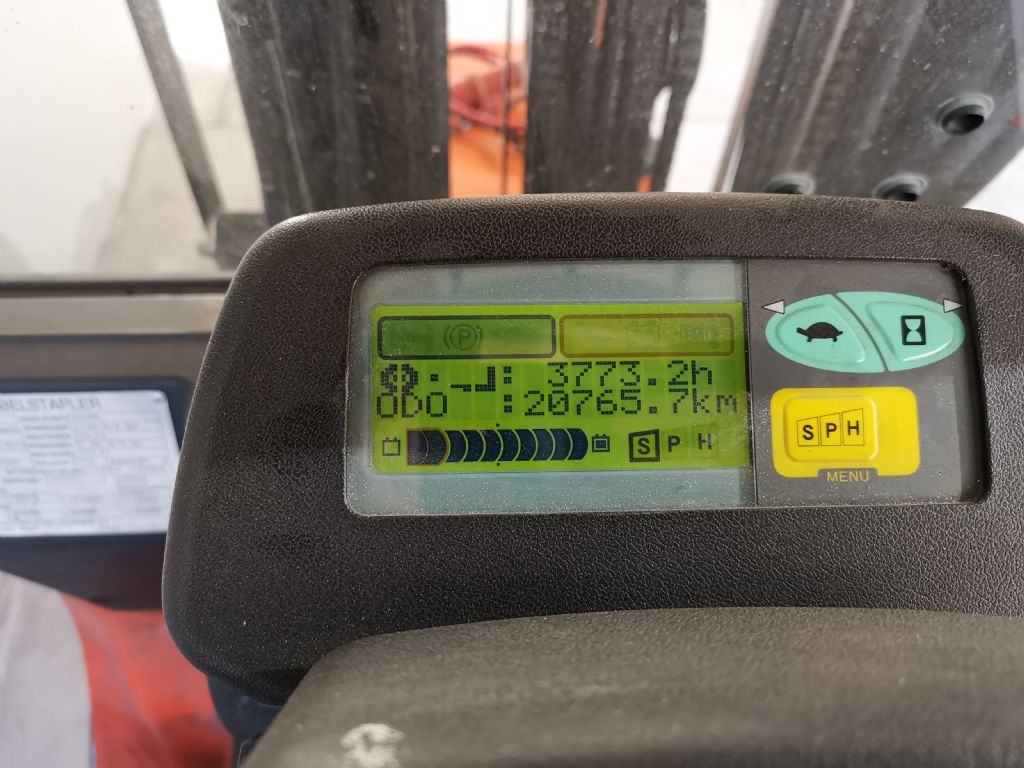 Toyota 7FBMF18 Elektro 4 Rad-Stapler www.heinbockel-gabelstapler.de